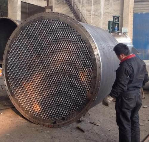 380㎡列管式蒸汽加热蒸发平衡罐